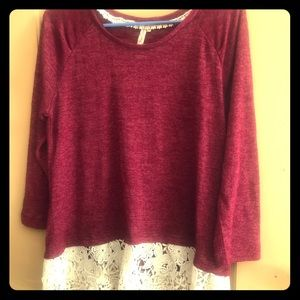 Red Camel Tops - Red Camel 3/4 sleeve top